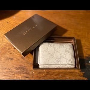 Gucci Monogram Beige Card Holder / Wallet